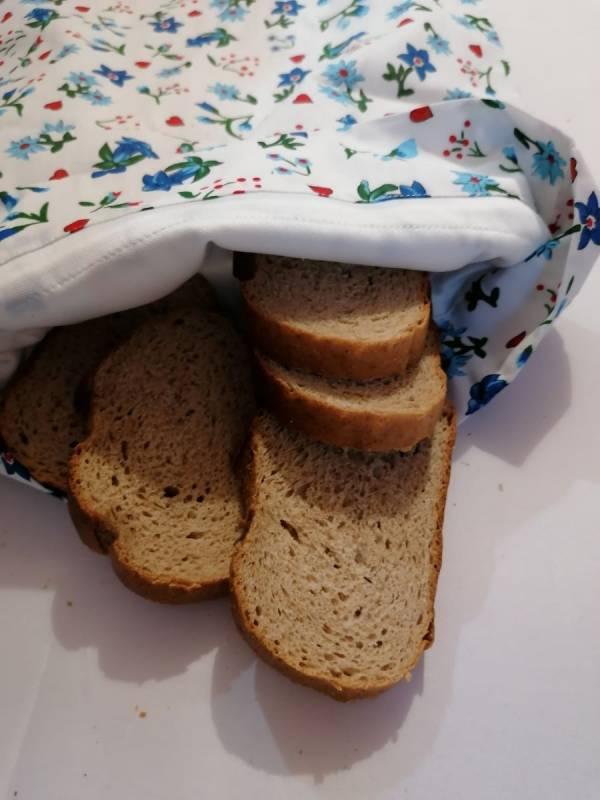Nowaste, környezettudatos, bélelt kenyérzsák, vagy wetbag, L méret, virágos-szivecskés